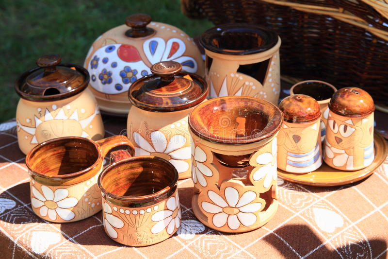 Målad keramik royaltyfri bild