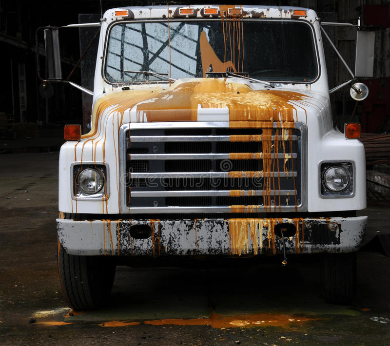 målad lastbil arkivbild