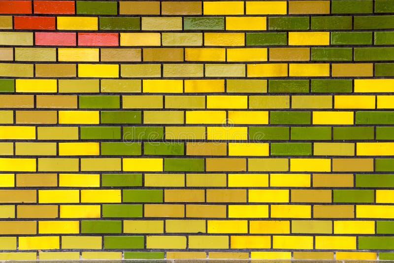 Målad rektangulär modelldesign och textur av tegelstenväggen arkivbild