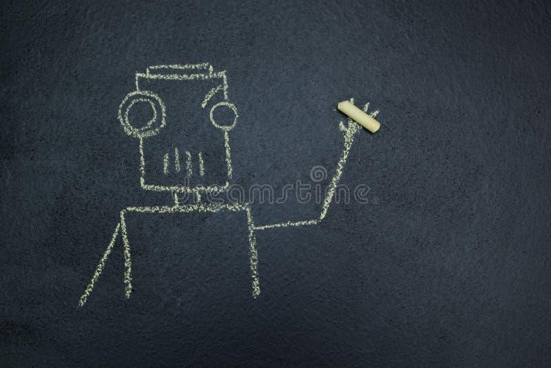 Målad robot på en svart tavla med krita i hand royaltyfri illustrationer