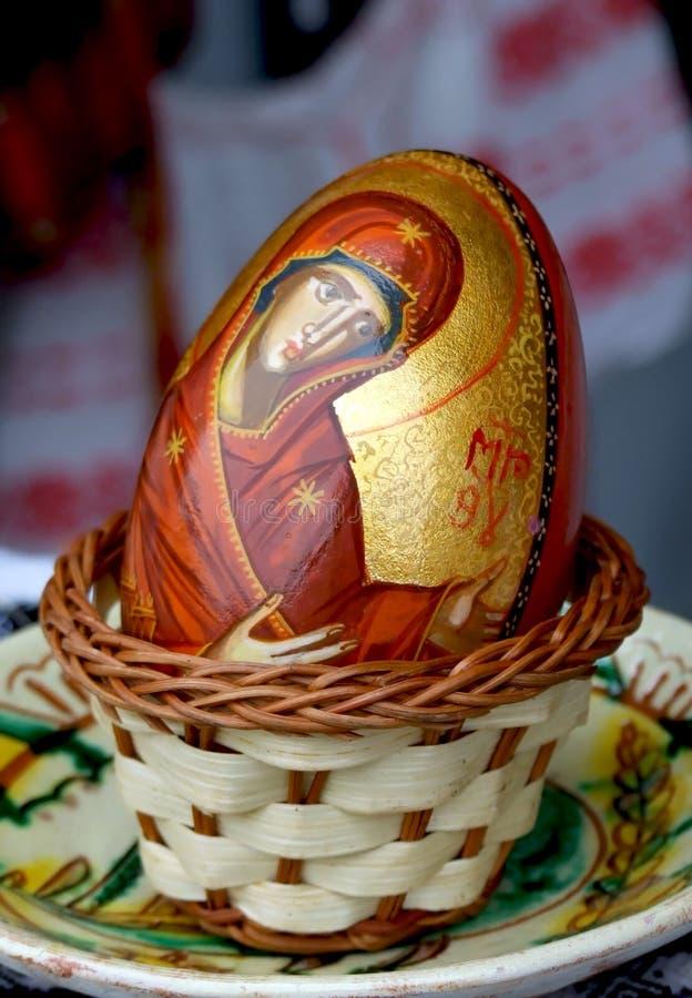 målat ägg arkivfoton
