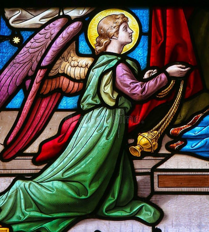 Målat glass av en ängel royaltyfri bild