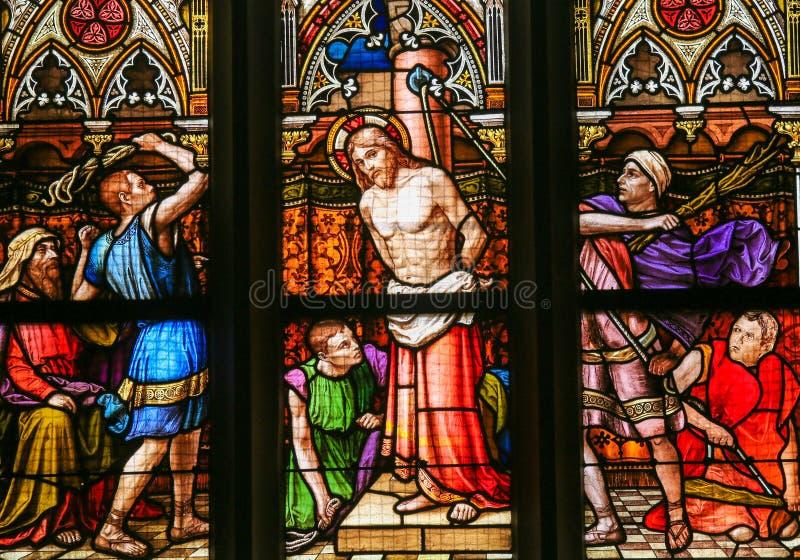 Målat glass - flagellation av Kristus arkivbild