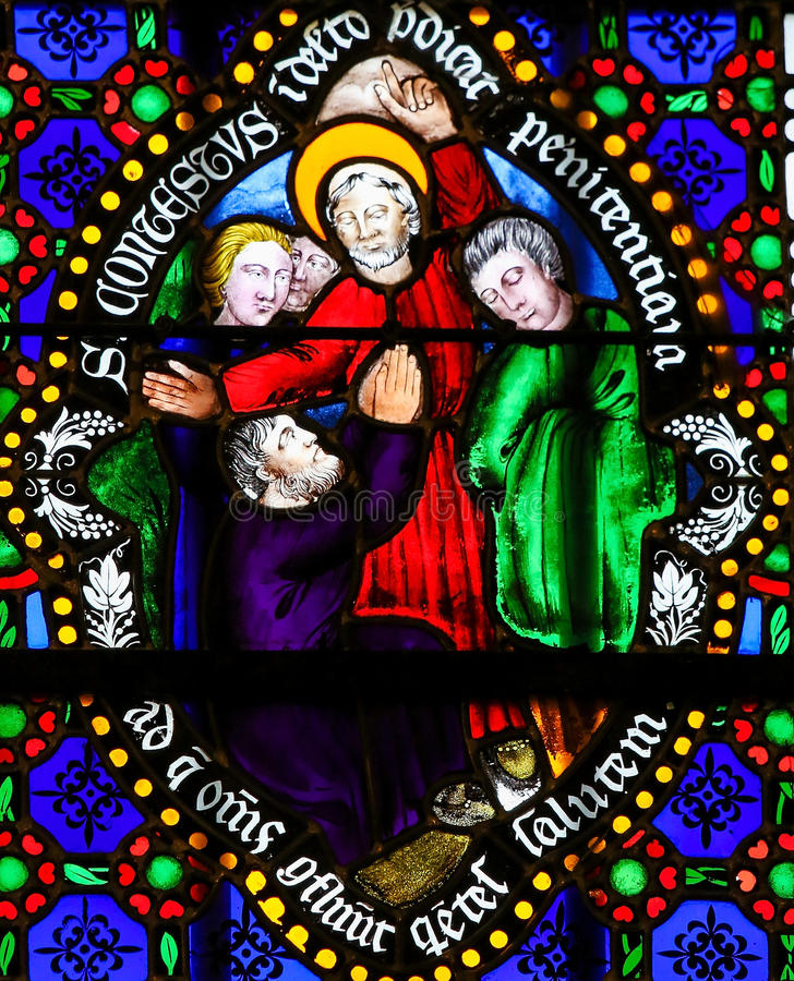 Målat glass - helgon Conteste, biskopar av Bayeux royaltyfri illustrationer