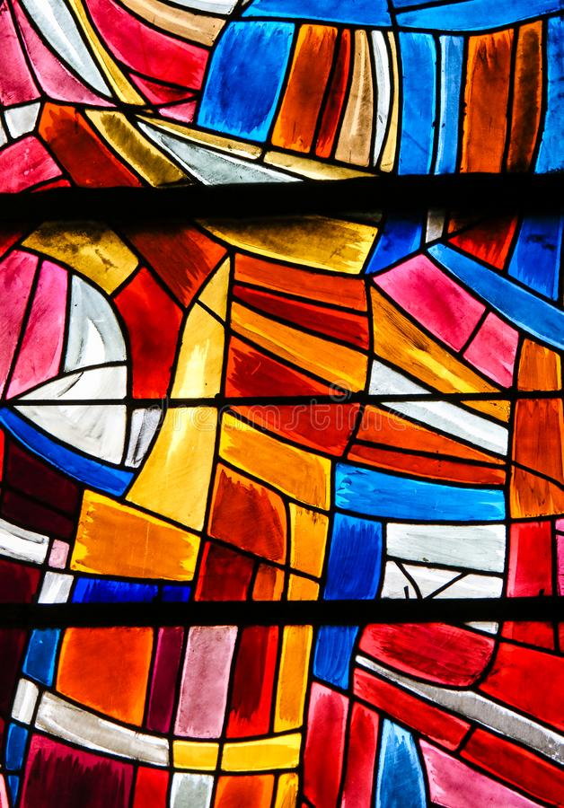 Målat glass i Paris, St Severin Church royaltyfri foto
