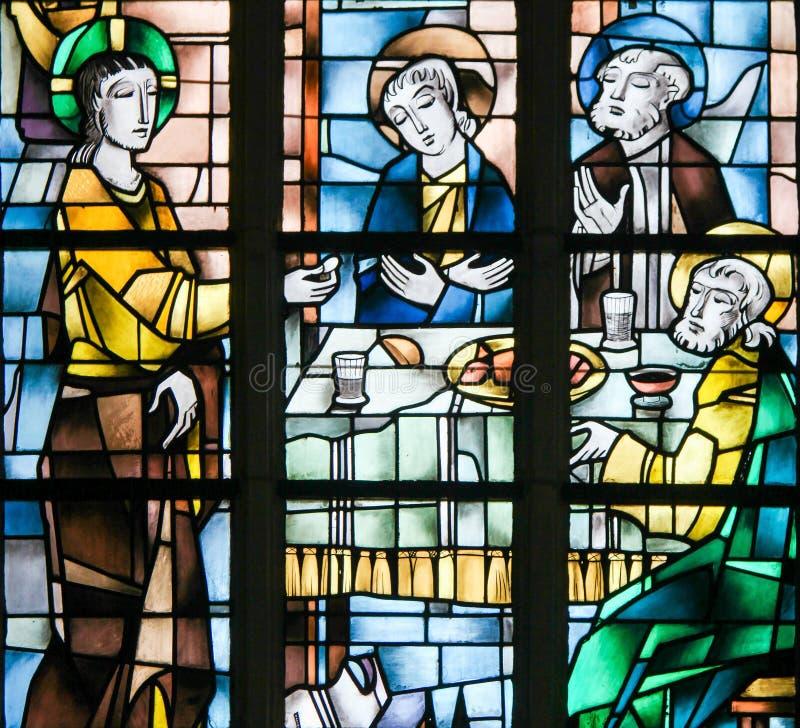 Målat glass - Jesus på den sista kvällsmålet royaltyfri bild
