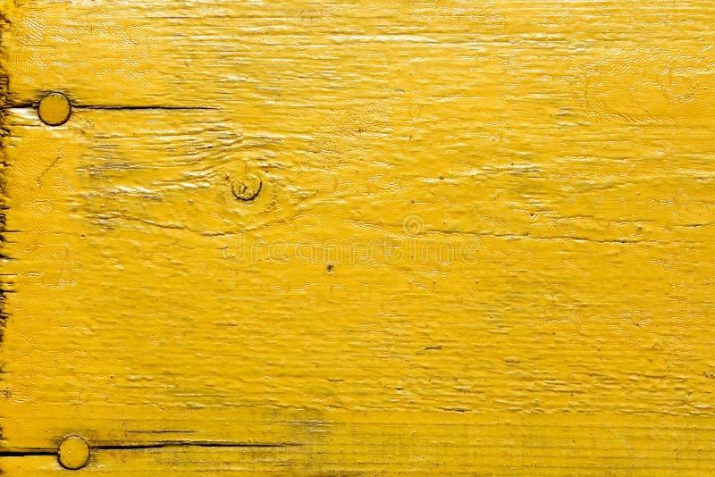 Målat gult träskrivbord royaltyfri fotografi