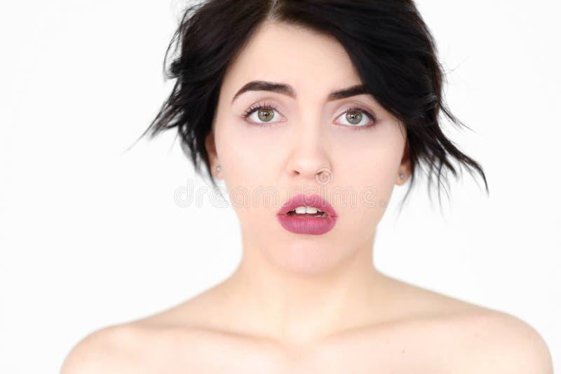 Mållös omtumlad förbluffad kvinna för sinnesrörelseframsida arkivbilder