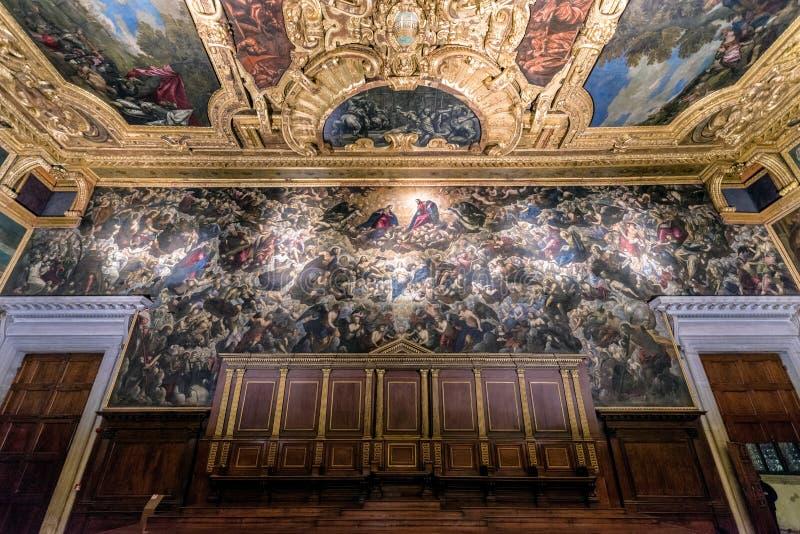 Målningparadis vid Tintoretto i slotten för doge` s, Venedig royaltyfri foto