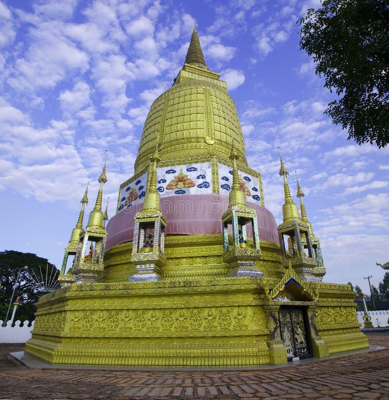 måndag pagod, Buddha royaltyfria bilder