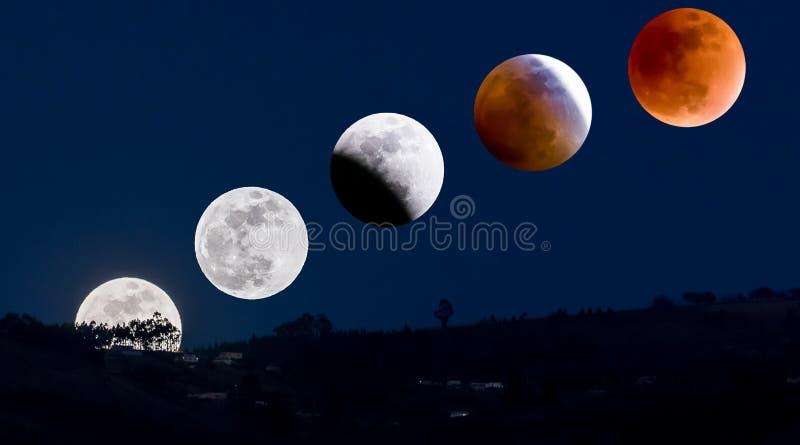Måneförmörkelse som sett i Ecuador royaltyfria bilder