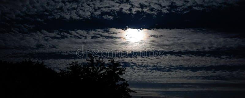 Månehimmel arkivbilder