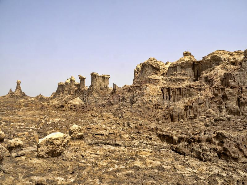 Många högt vaggar bildandelöneförhöjning i den Danakil fördjupningen ethiopia fotografering för bildbyråer