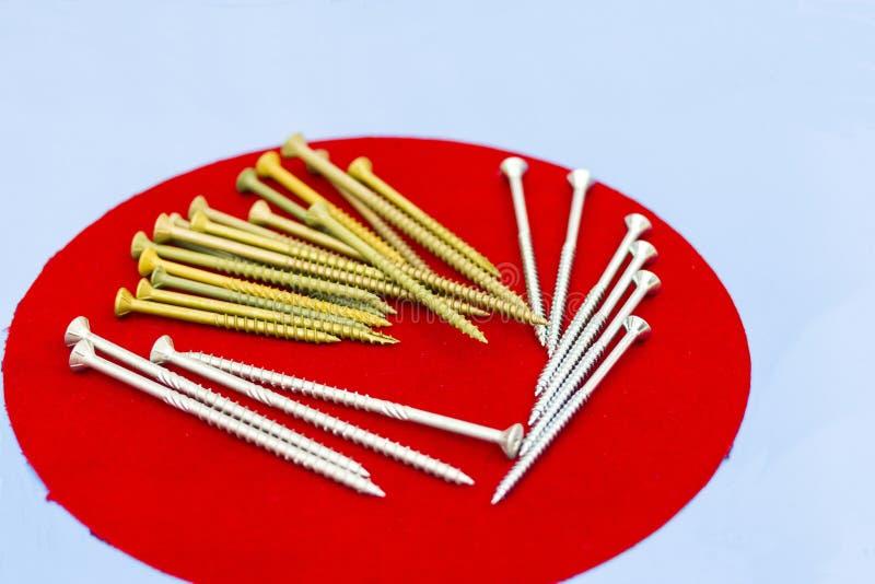 Många typ av metallskruven för läxa eller industriellt royaltyfri fotografi