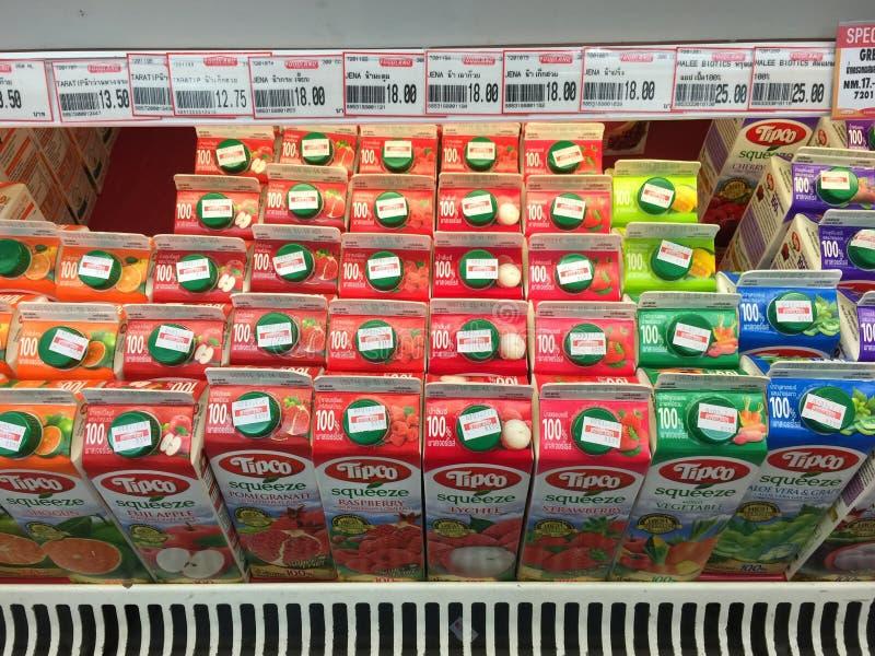 Många typer av fruktfruktsaft royaltyfria foton