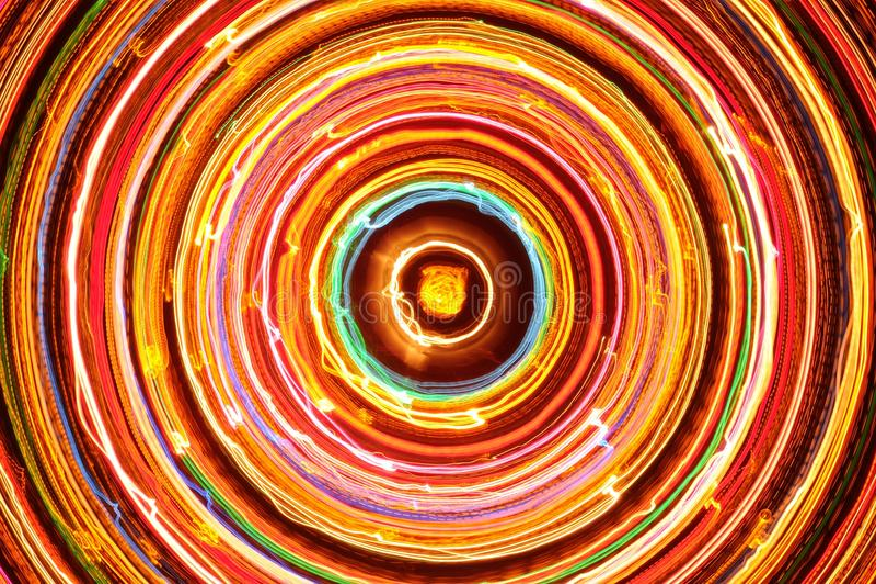 Mångfärgad glödande elektrisk cirkel fotografering för bildbyråer