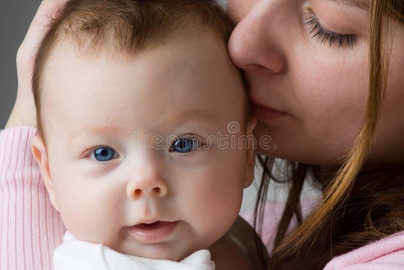 Mère et chéri photo stock