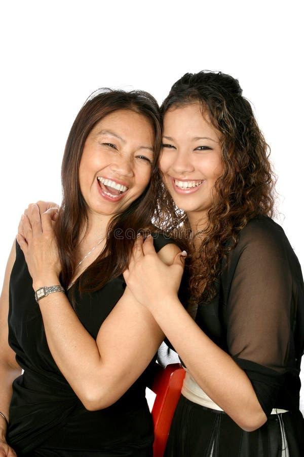 Mère et descendant riants photos libres de droits