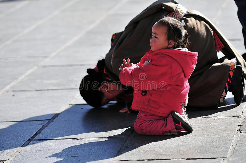 Mère et fille tibétaines images libres de droits