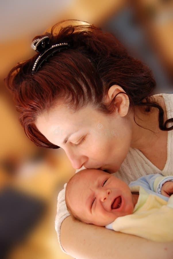 Download Mère et fils image stock. Image du nouveau, blanc, né - 8666355