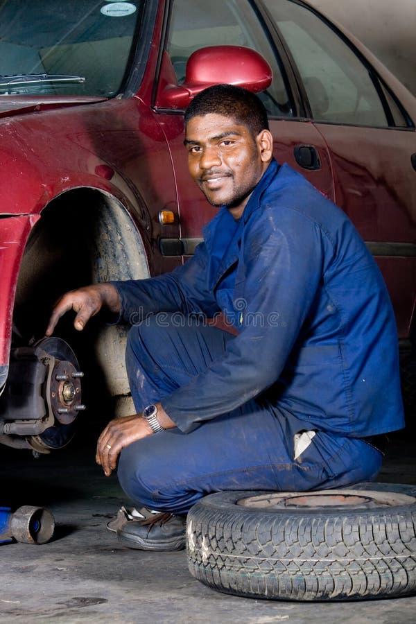 Mécanicien au travail photos stock