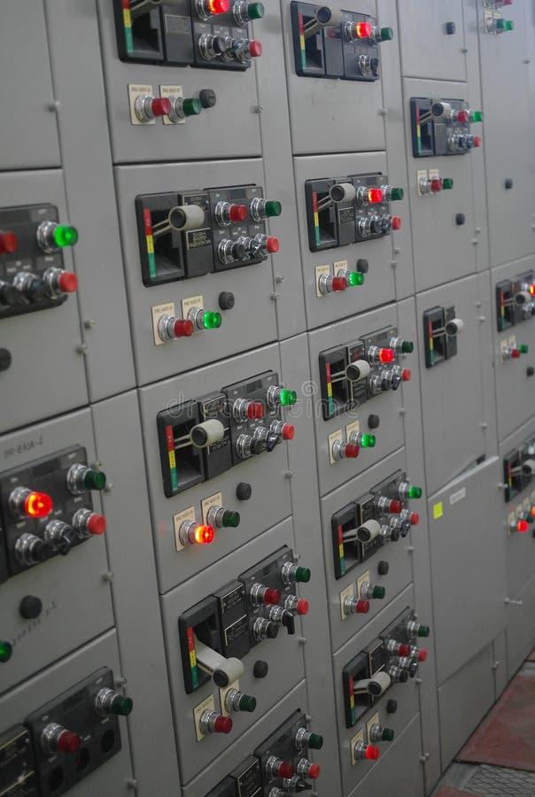 Mécanisme électrique, panneau électrique industriel de commutateur de centrale images stock
