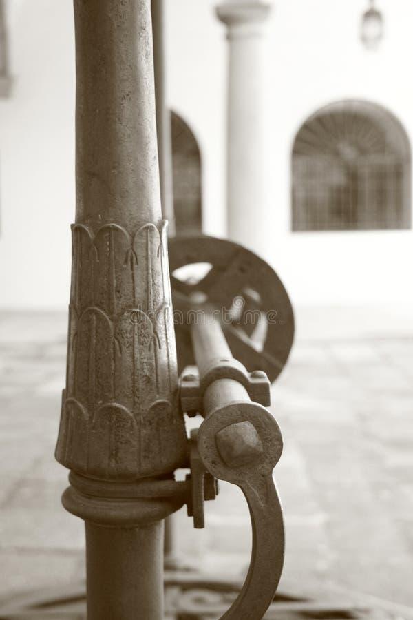 Mécanisme de roue d'eau de puits de l'eau photo libre de droits