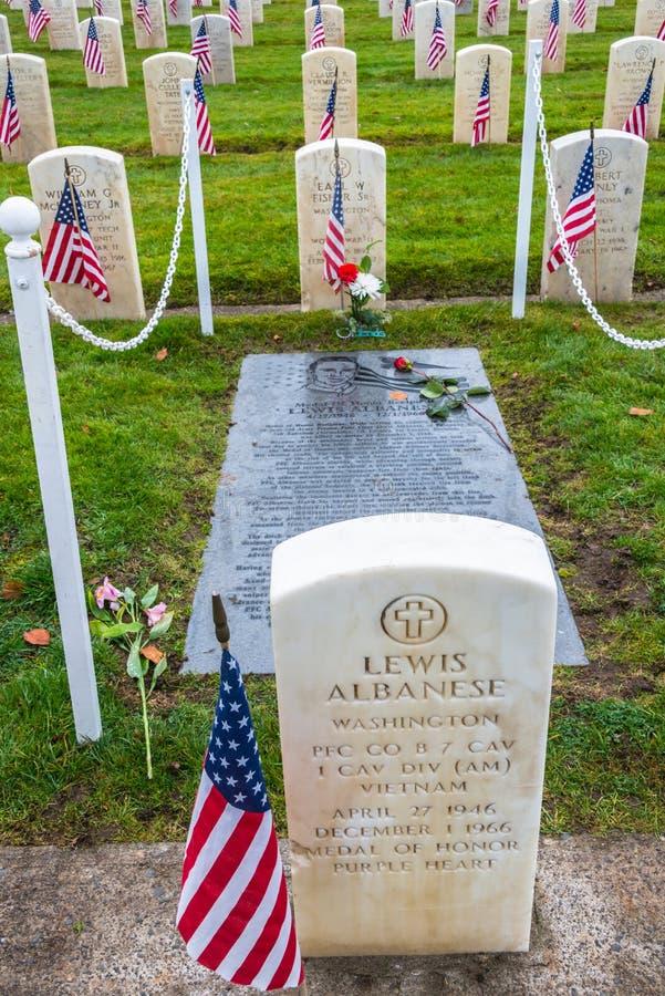 Médaille de site grave réceptif de Purple Heart d'honneur photo stock