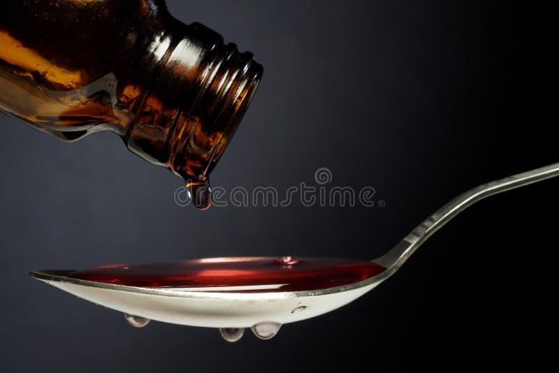 Médecine de toux photos stock