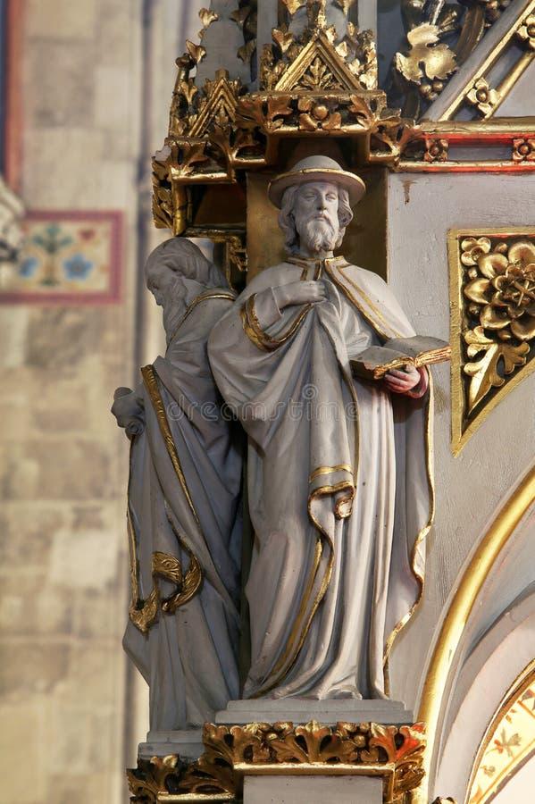 Médecins de l'église, statues sur l'autel principal dans la cathédrale de Zagreb images libres de droits