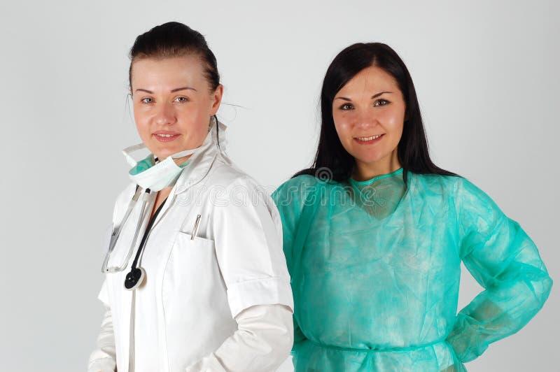 Médecins féminins