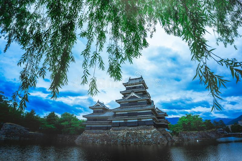 Médiéval de château de Matsumoto beau de l'âge samouraï dans le Honshu oriental, Nagano, Japon photos libres de droits