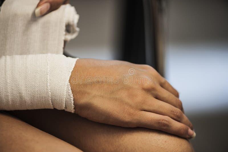 Médicament et bandage photographie stock libre de droits