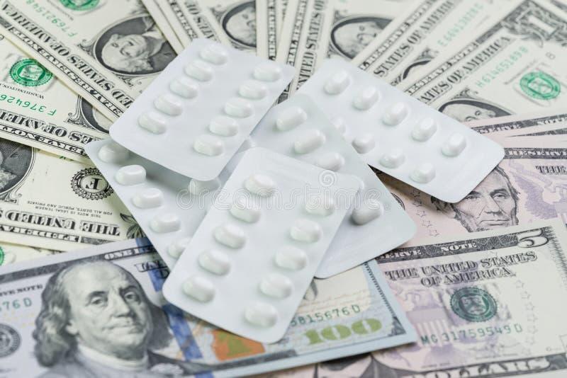 Médico, droga y concepto de la industria de la atención sanitaria, paquete blanco de foto de archivo libre de regalías