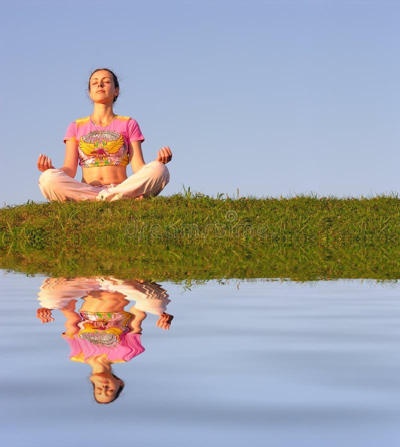 Méditation de fille images libres de droits