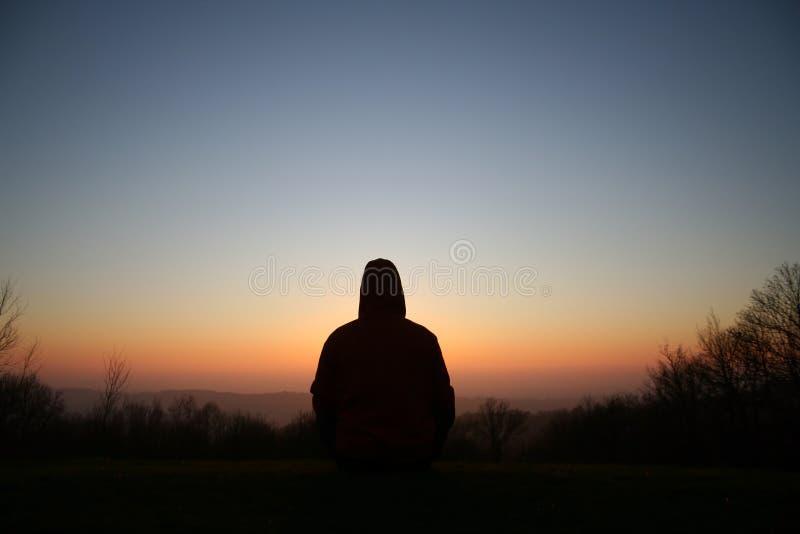 Download Méditez photo stock. Image du religion, éclaircissement - 2142882