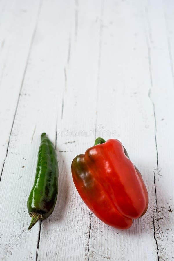 Mélange des légumes frais poivres images libres de droits
