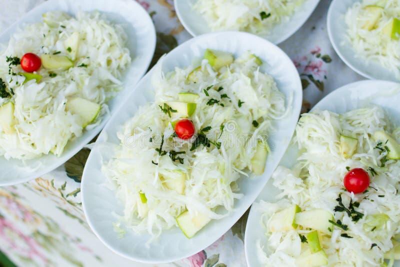 Download Mélange végétal mariné photo stock. Image du chou, tomates - 77158756
