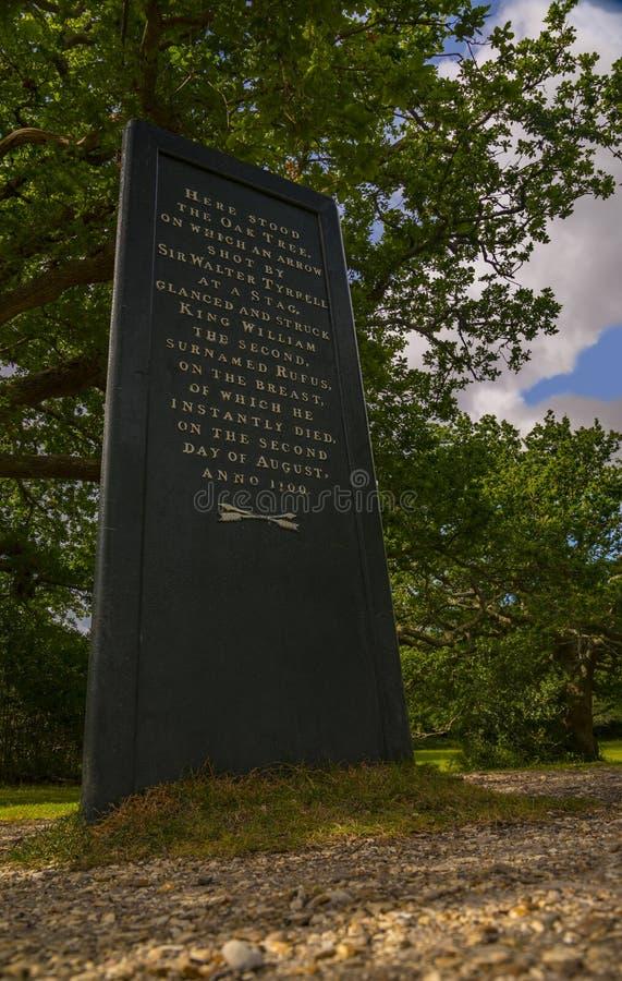 Mémorial à la mort de William Rufus dans la nouvelle forêt photo libre de droits