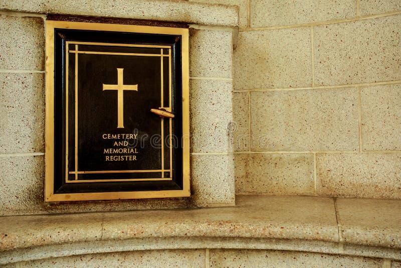 Mémorial de cimetière image stock