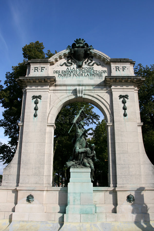 Mémorial de guerre de Chartres image libre de droits