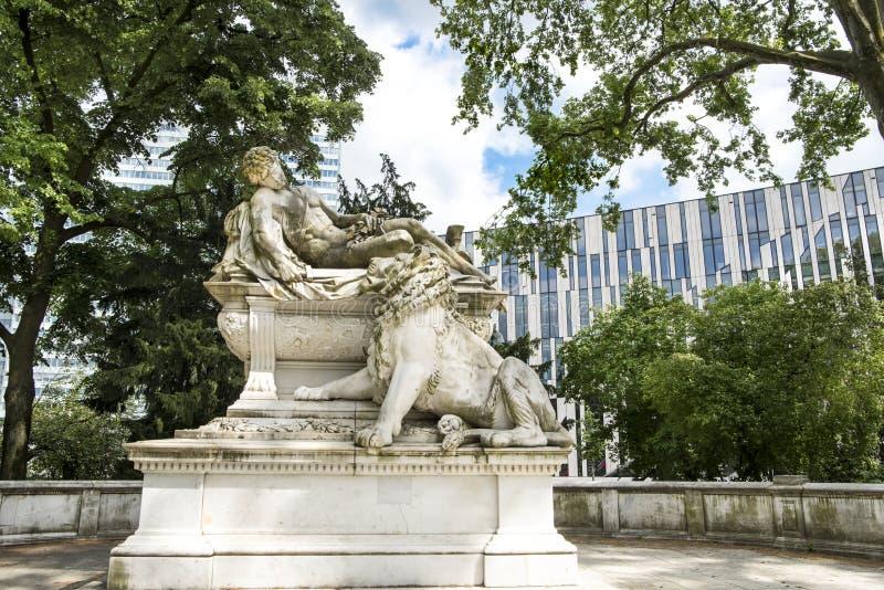 Mémorial de guerre Dusseldorf photo libre de droits
