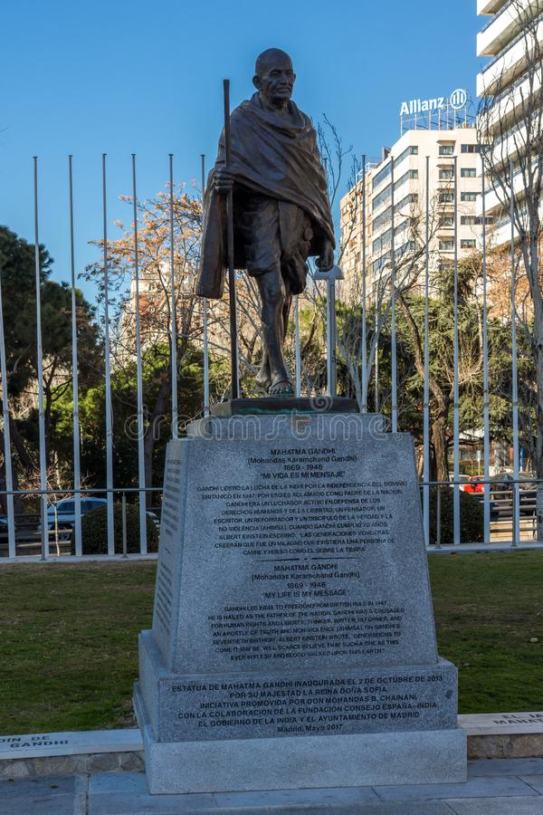 Mémorial de Mahatma Gandhi à la rue de Paseo de la Castellana dans la ville de Madrid, Espagne photos libres de droits
