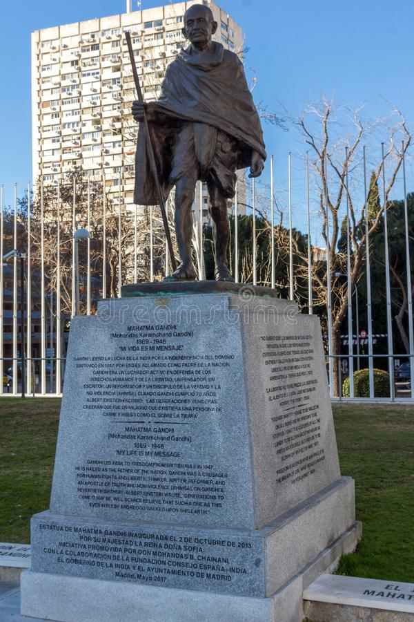 Mémorial de Mahatma Gandhi à la rue de Paseo de la Castellana dans la ville de Madrid, Espagne image libre de droits
