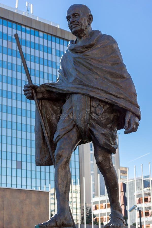 Mémorial de Mahatma Gandhi à la rue de Paseo de la Castellana dans la ville de Madrid, Espagne photographie stock