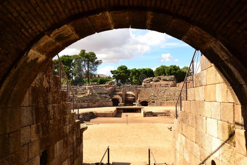 Mérida, römischer Zirkus, GladiatorÂs Eingang lizenzfreies stockbild
