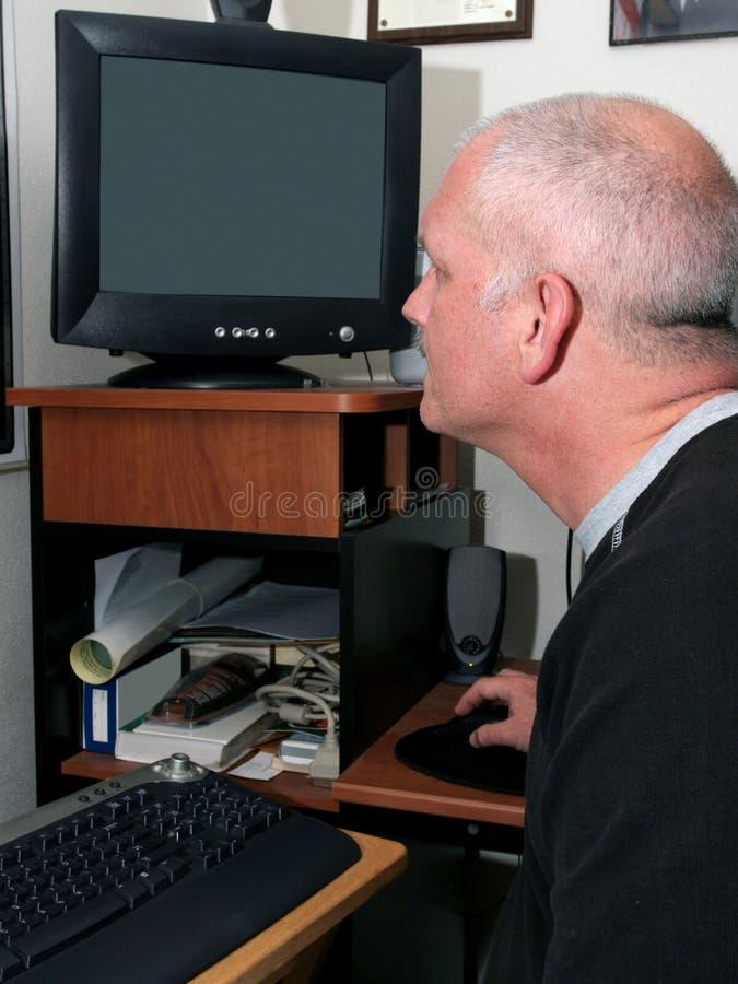 Météorologiste au travail photo libre de droits