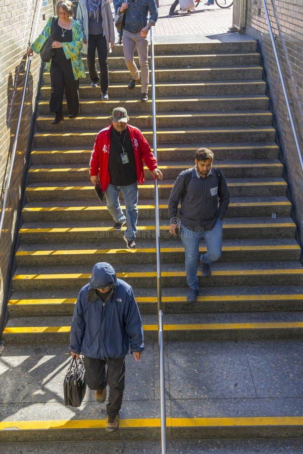 Métro à la station de Civic Center à San Francisco, CA photographie stock libre de droits