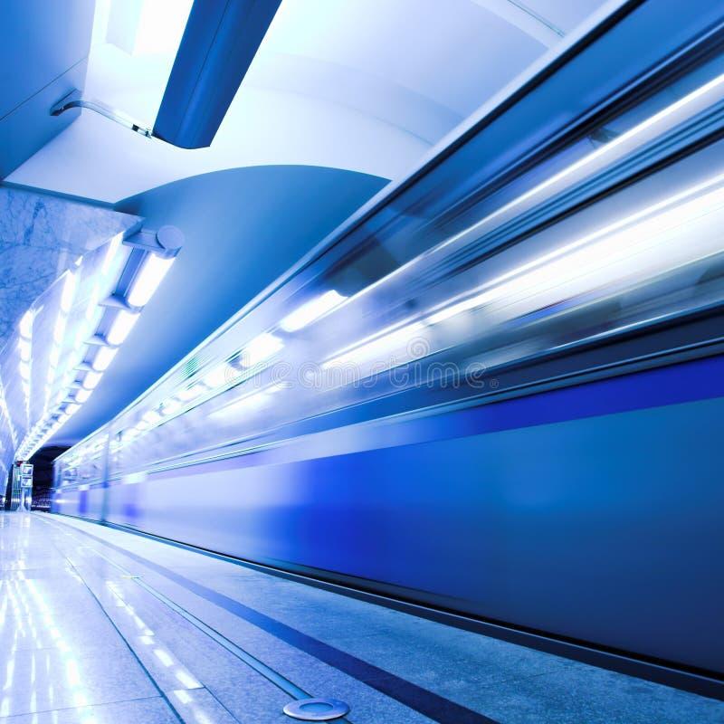 métro rapide images libres de droits