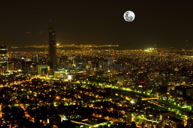 Métropole de pleine lune image libre de droits